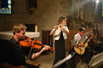 Trio Limosna  (7)