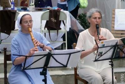 soeur Jeanne Marie et Christine Neveu  (2)